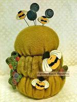 B is for Beehive Pincushion Kit