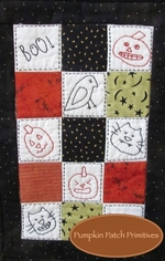 Simply Put Mini - Halloween Quilt